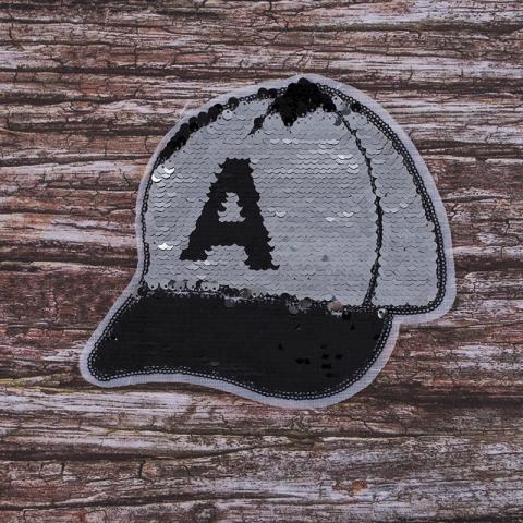 Аппликация Бейсболка серебряный -черный 21,5*19 см