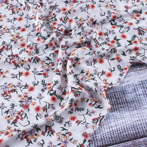 Ткань на отрез штапель 145 см 60025 Красные цветы на белом